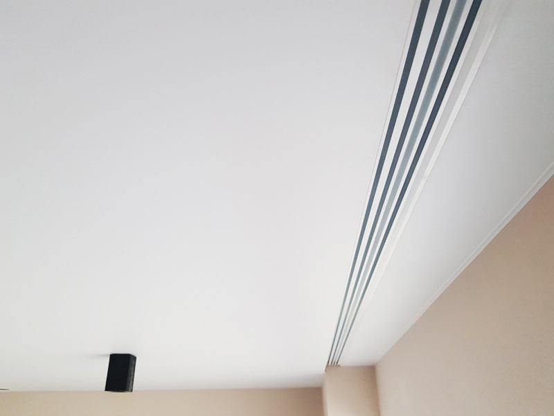 Профильный карниз под натяжной потолок